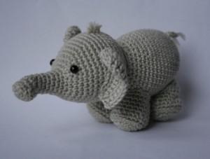 olifant gehaakt